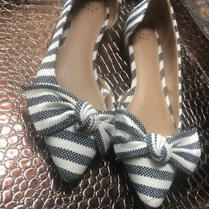 A New Day Striped Bow Flats Size 10